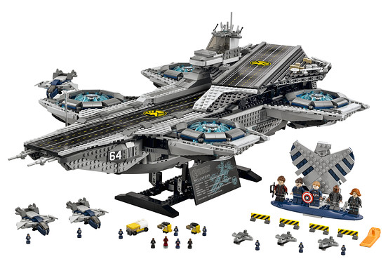 Photo of the LEGO S.H.I.E.L.D. Helicarrier